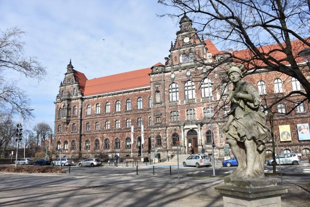 nacionalnyj-muzej