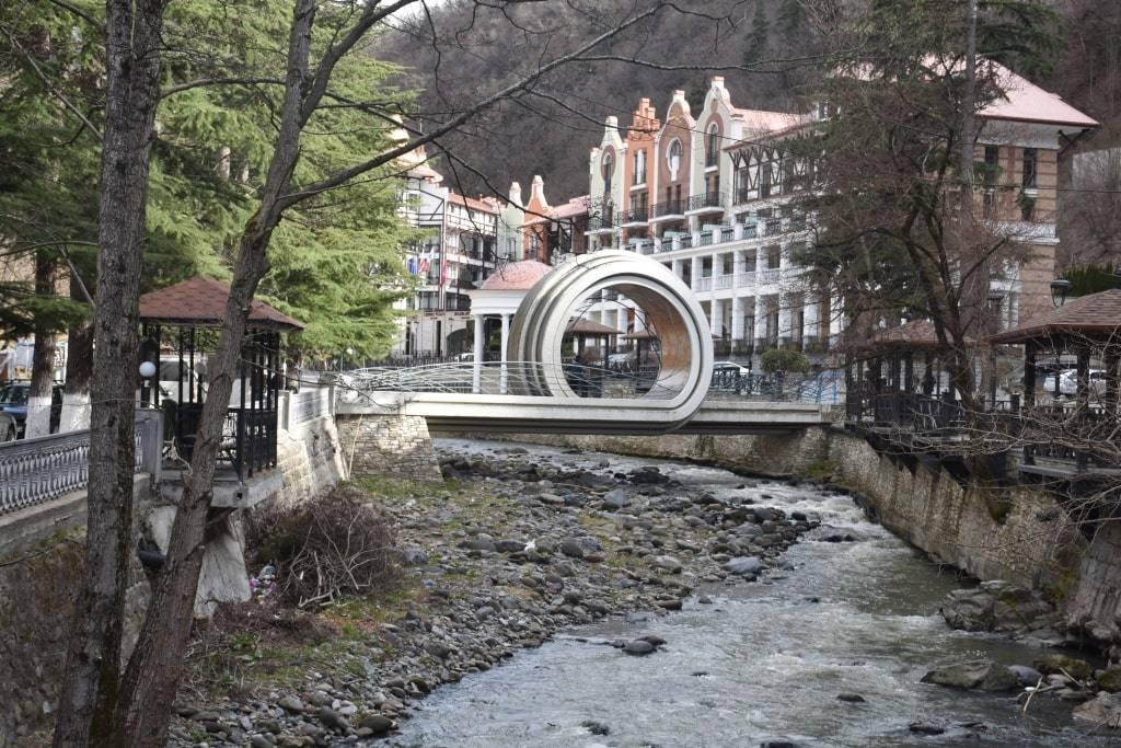 reka-v-borzhomi
