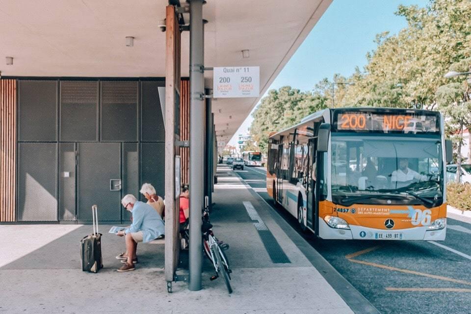 avtobus-200
