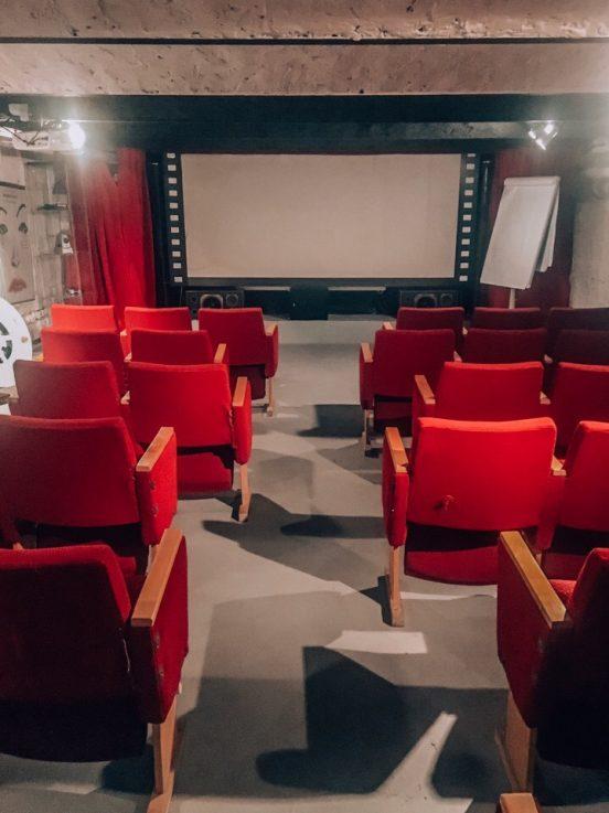 Отель Stare Kino в Лодзи: подземный кинотеатр и призрак Стенли Кубрика.