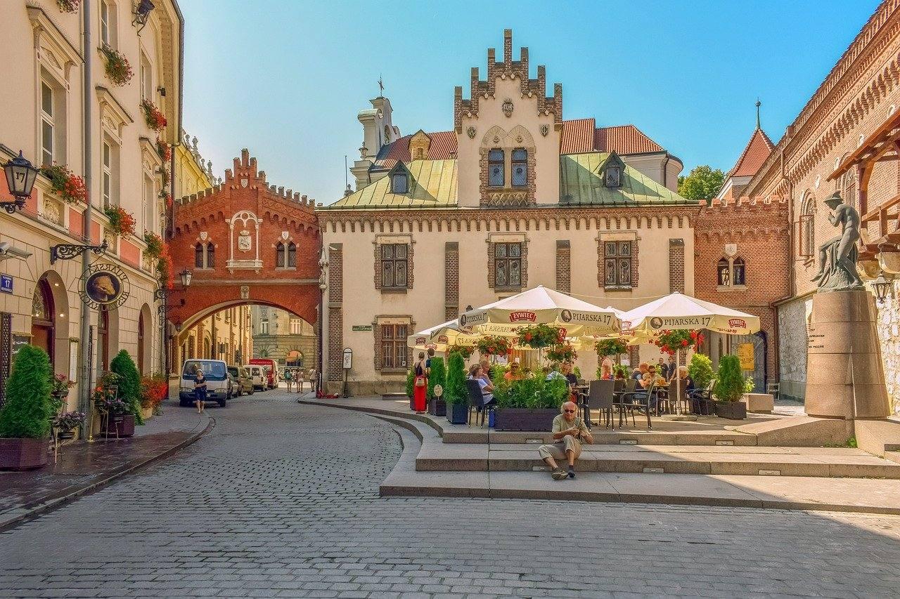 Польская гуманитарная виза и все, что о ней нужно знать