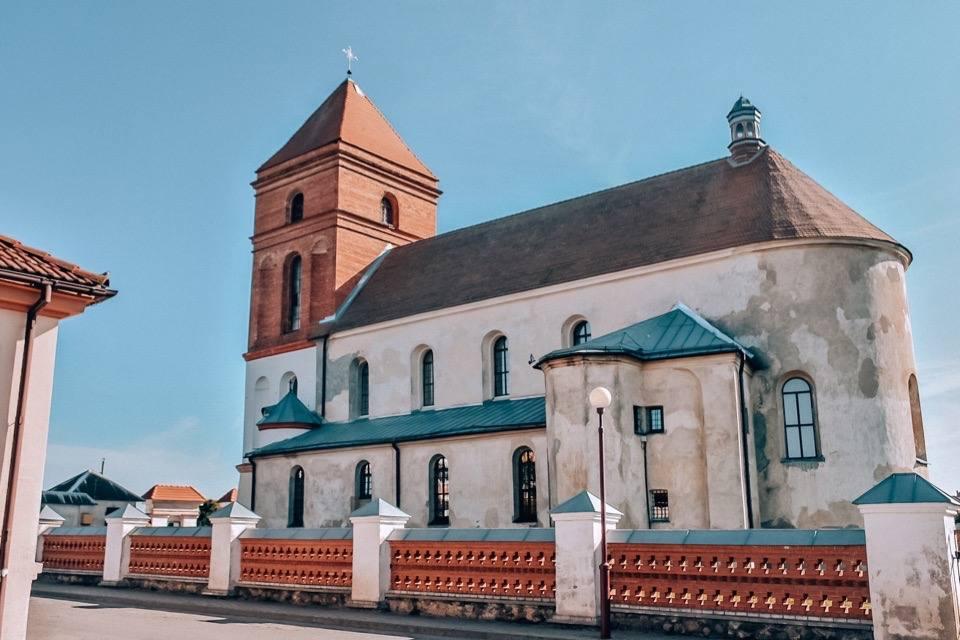 kostel-nikolaja-mir